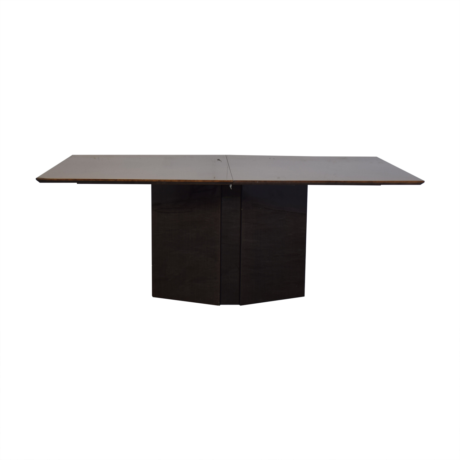 Elio Elio Dining Table with Center Leaf second hand