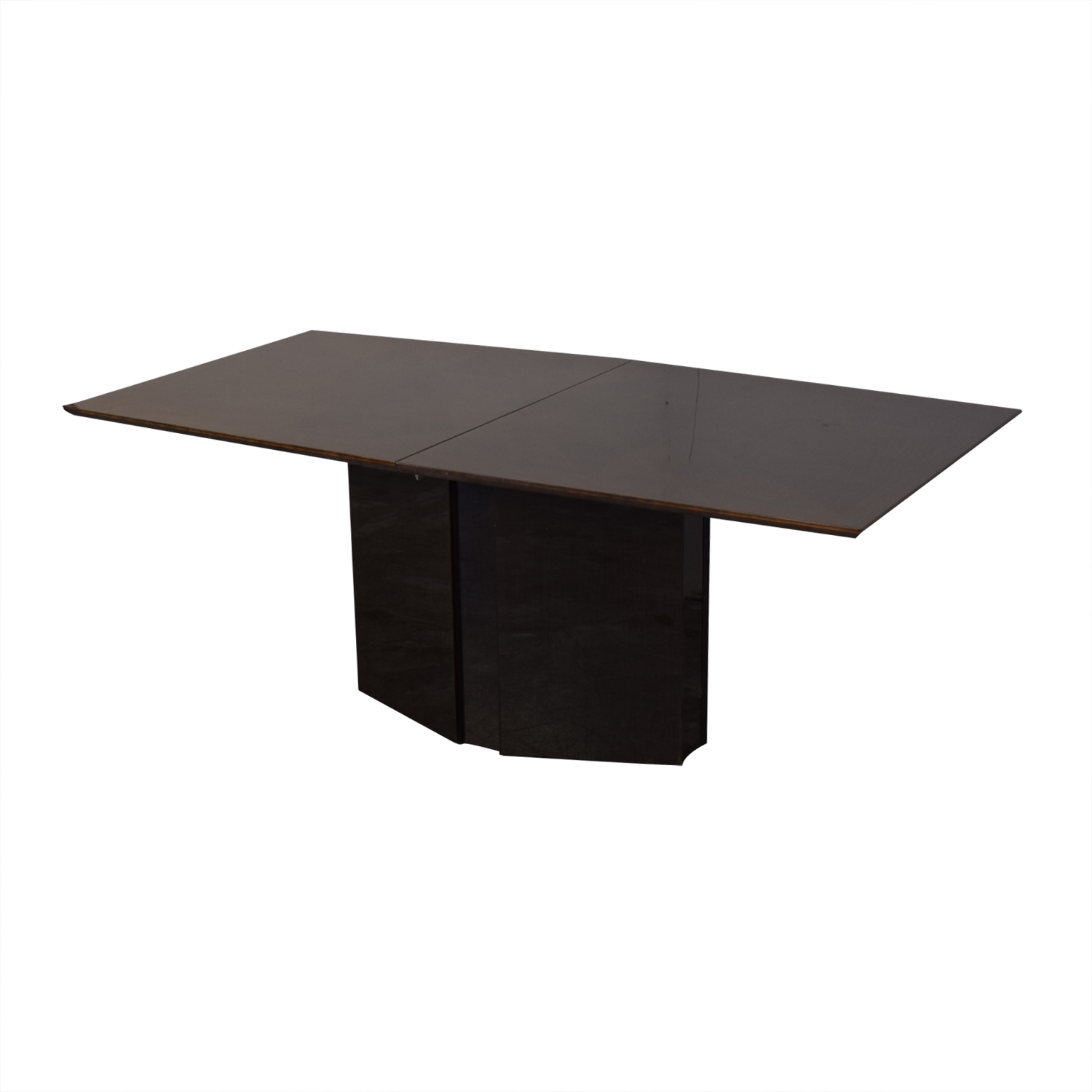 Elio Dining Table with Center Leaf / Dinner Tables