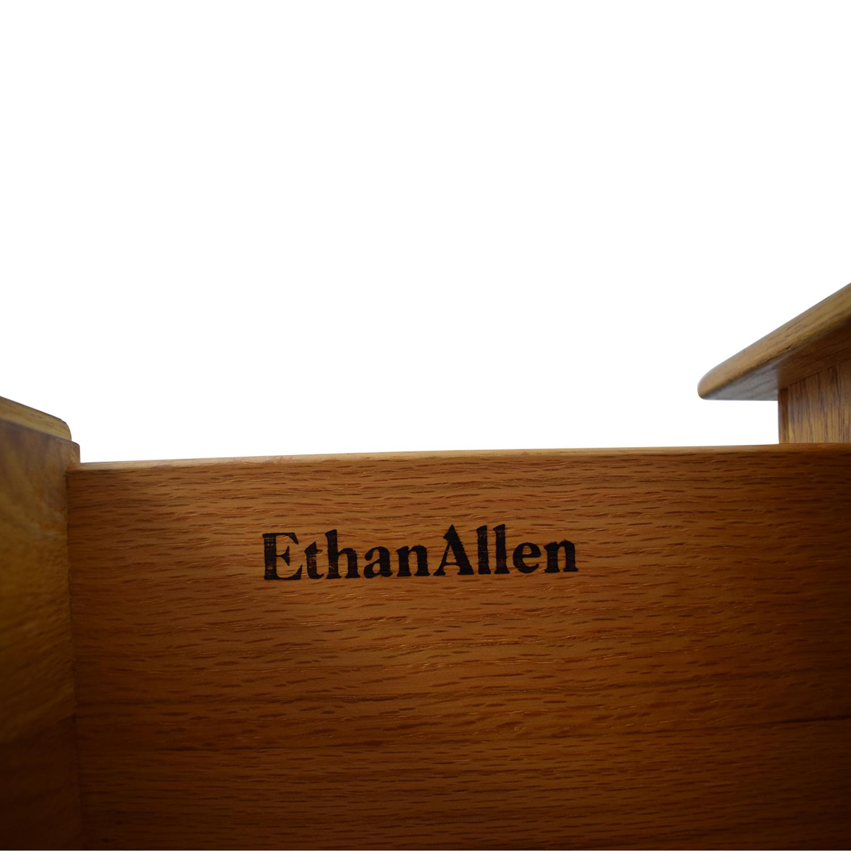 Ethan Allen Ethan Allen Canterbury Dresser with Mirror Storage