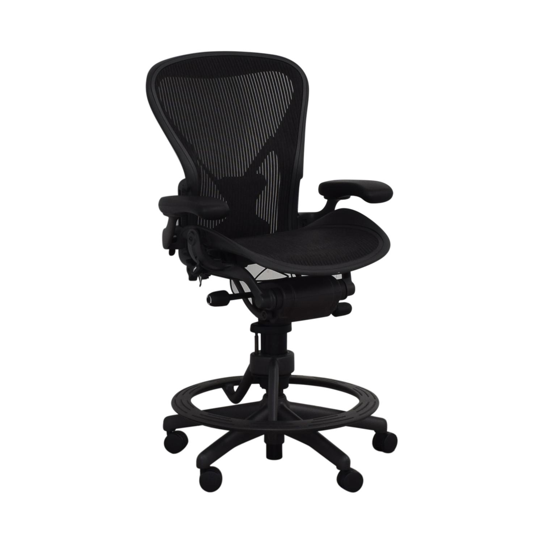 46% OFF - Herman Miller Herman Miller Aeron Stool Size B / Chairs
