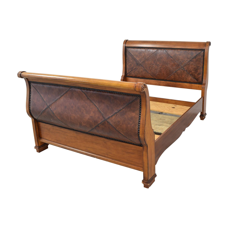 Lexington Furniture Lexington Furniture Wooden Sleigh Bed
