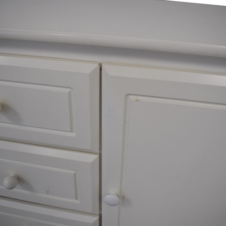 buy Bellini Jessica Three-Drawer Dresser Bellini Dressers