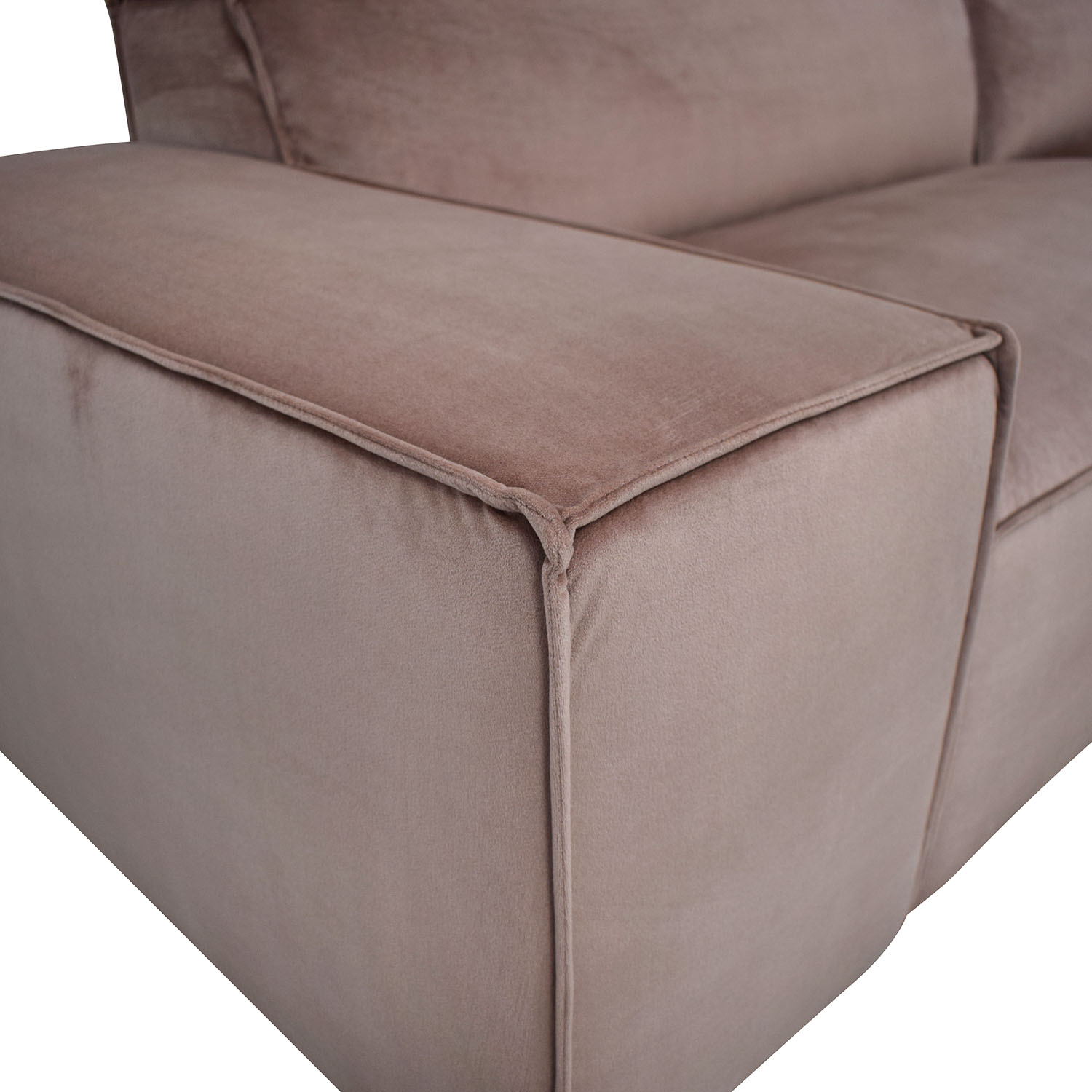 Interior Define Sectional Sofa with Right Chaise pink