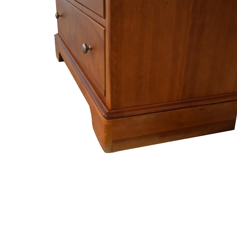 Stanley Furniture Stanley Furniture Oval Mirror Dresser