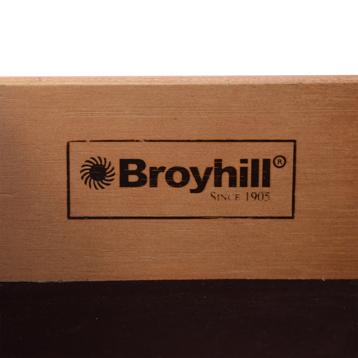 Broyhill Furniture Broyhill Furniture Night Stand