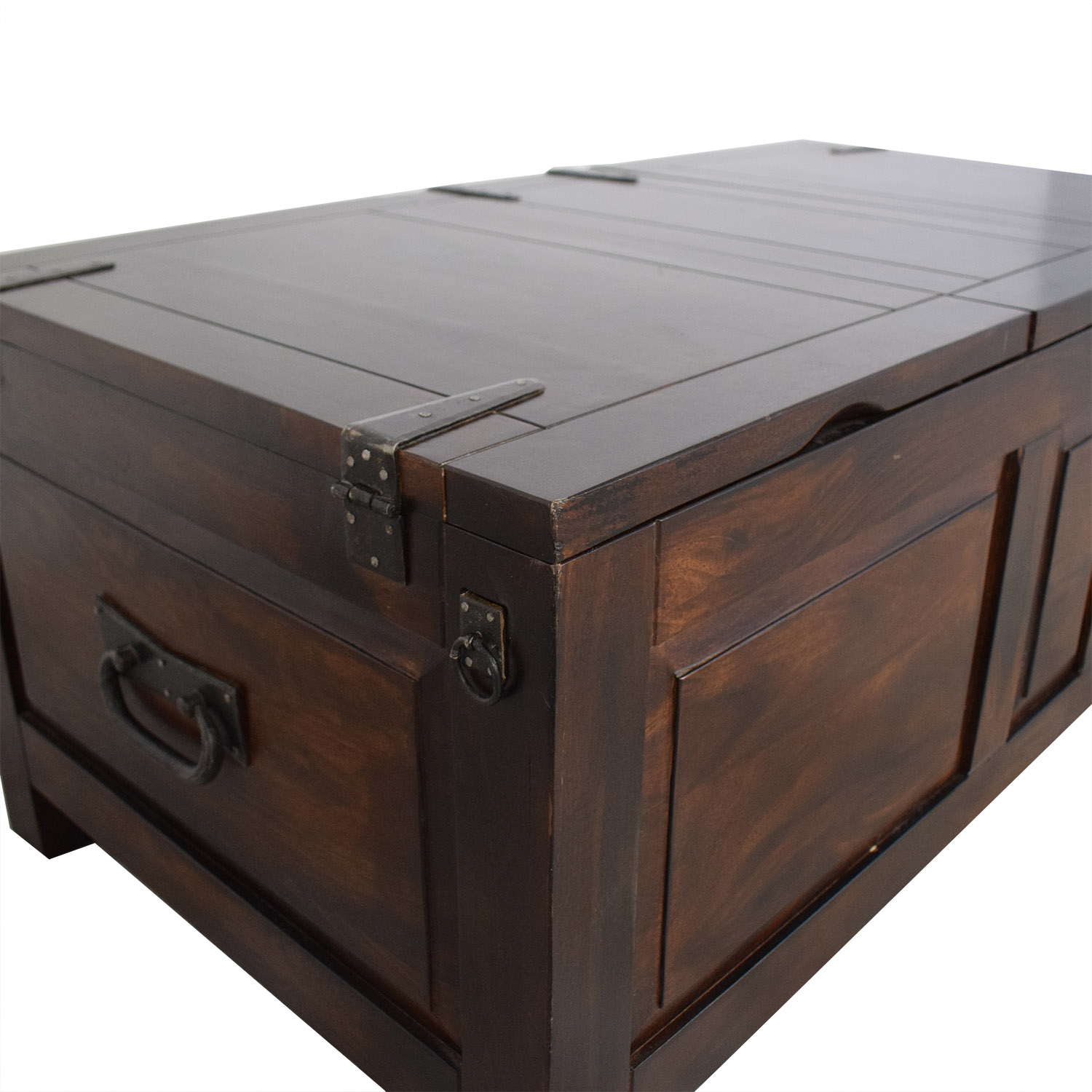 Crate & Barrel Crate and Barrel Trunk Table second hand