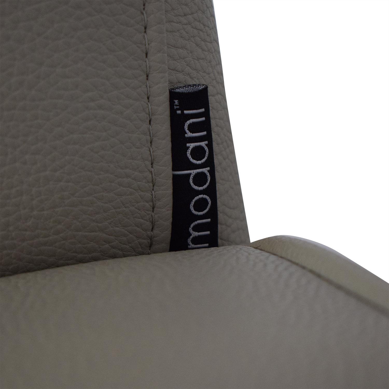 Modani Modani Modern Lounge Chair