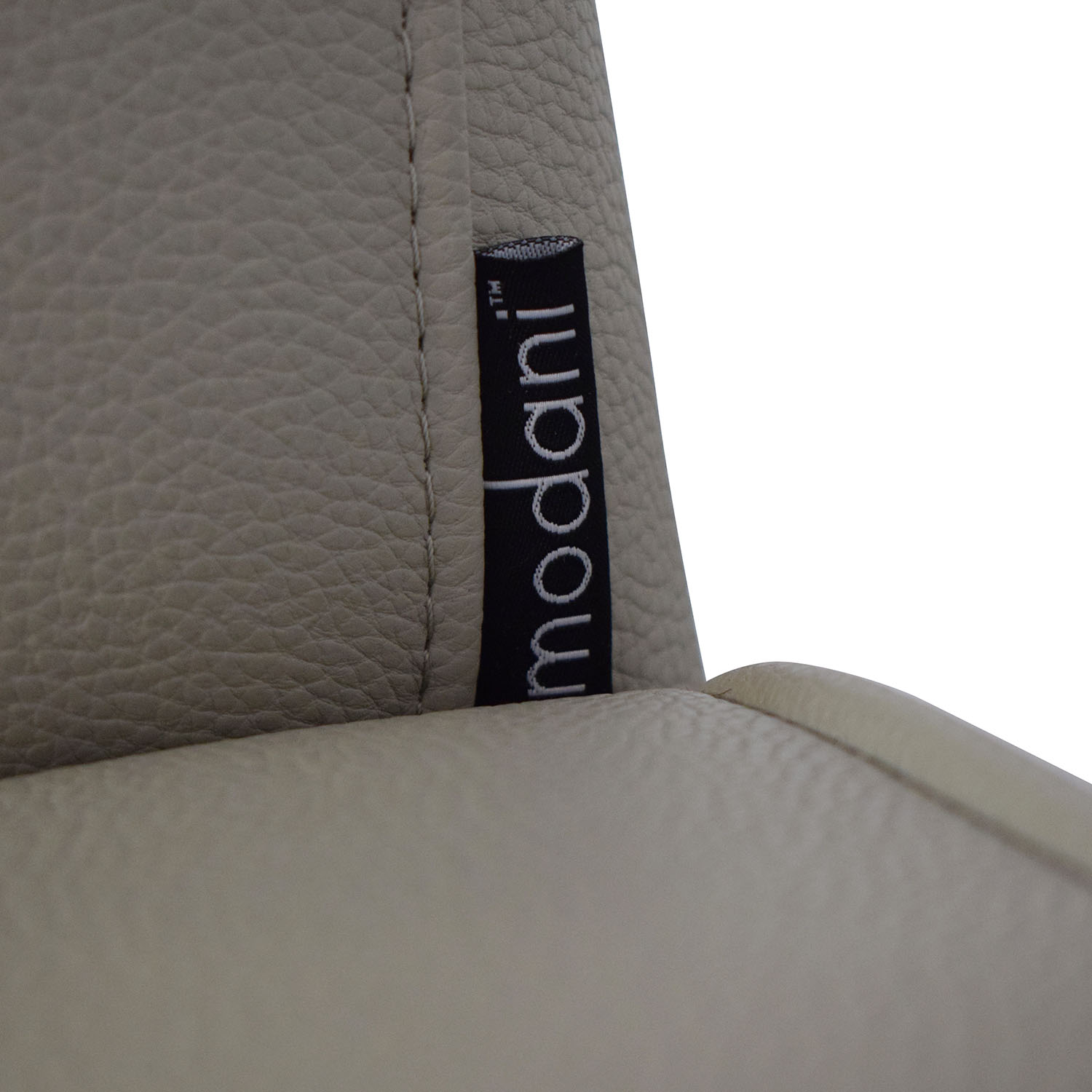 Modani Modani Modern Lounge Chair second hand