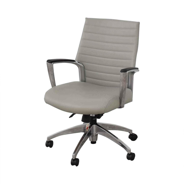 Global Global Accord Upholstered Medium Back Tilter Chair pa