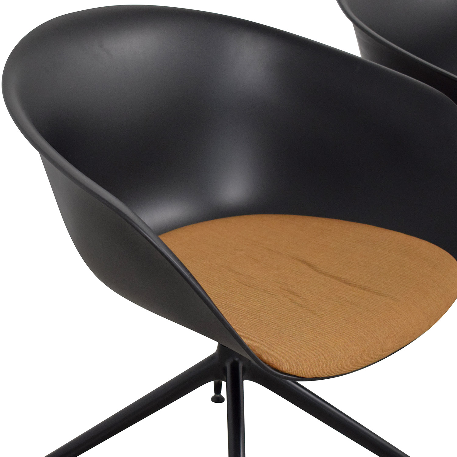 Arper Arper Duna Dining Chairs for sale