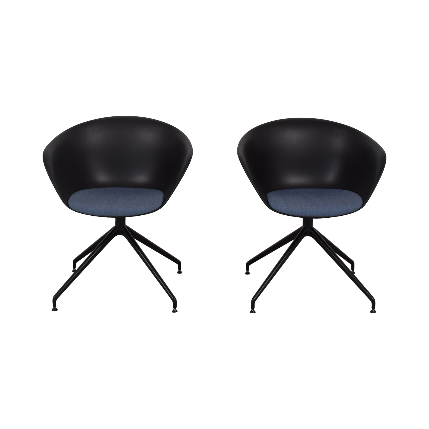 Arper Arper Duna Dining Chairs black and blue