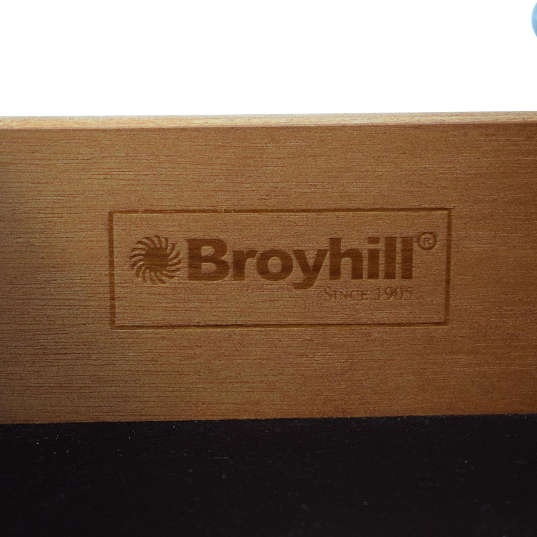 Broyhill Furniture Broyhill Furniture Night Stand pa
