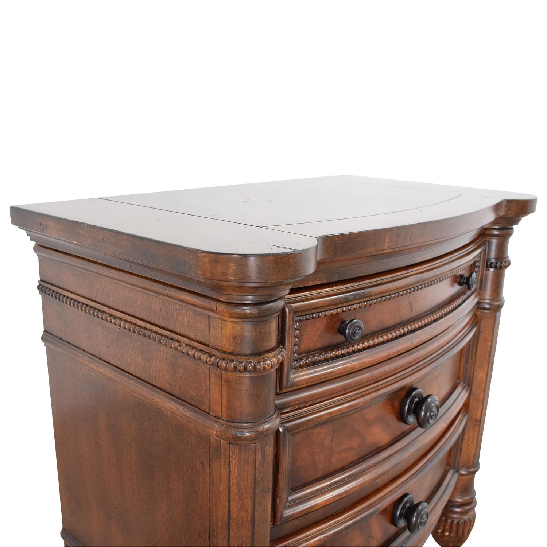 shop Broyhill Furniture Night Stand Broyhill Furniture
