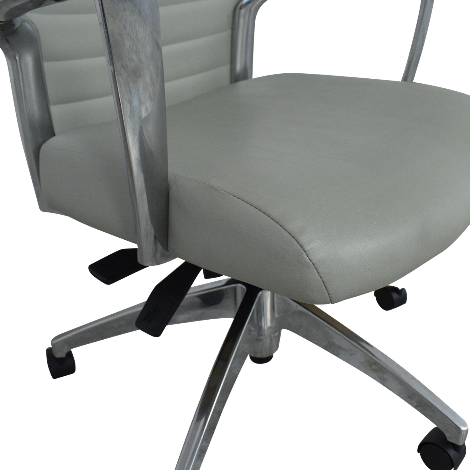 Global Accord Medium Back Tilter Chair / Chairs