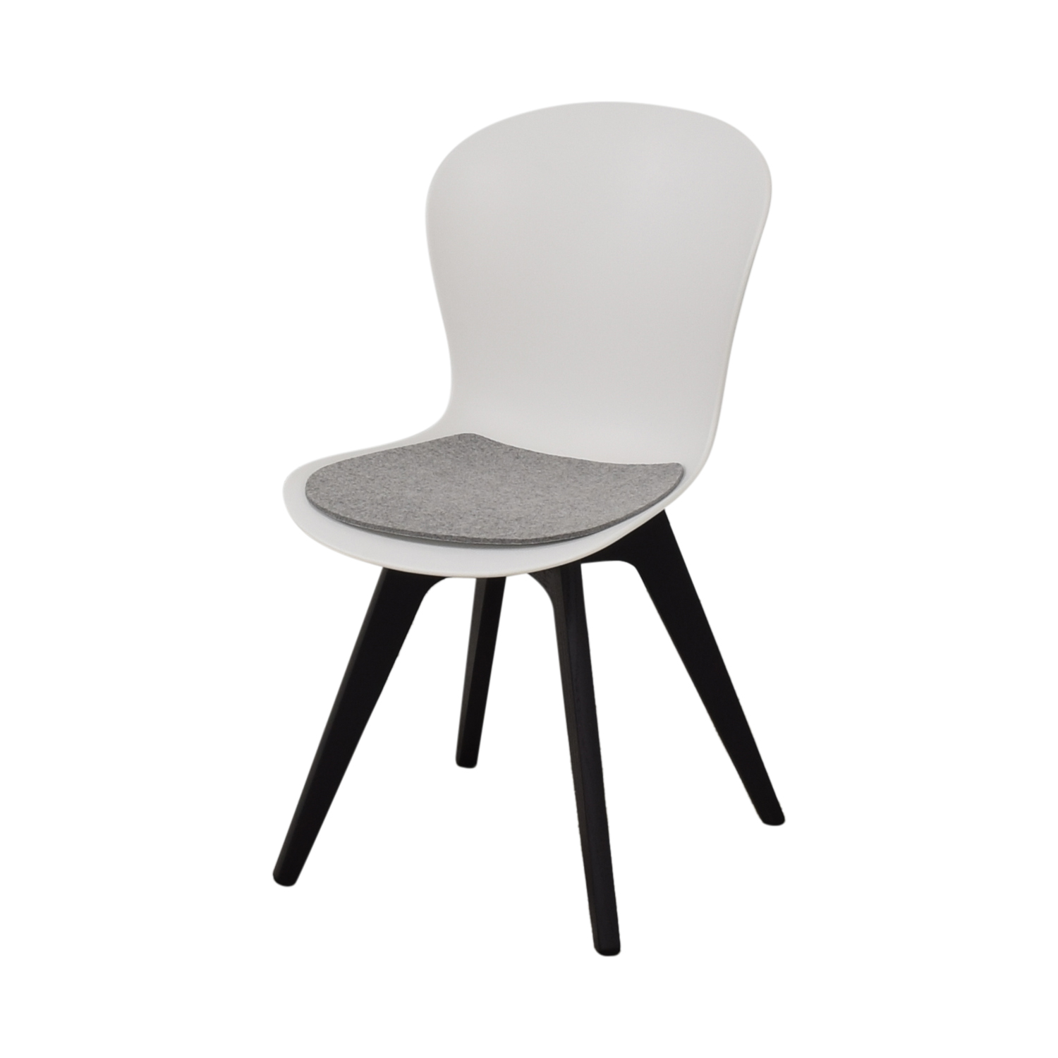BoConcept BoConcept Adelaide Chairs with Morgan Seat Cushions nj