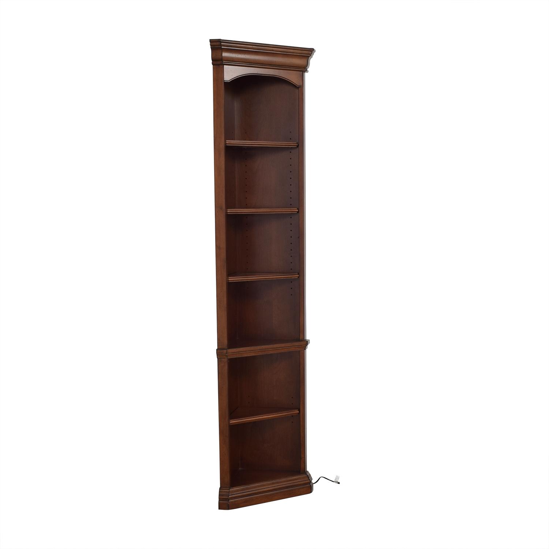 Hooker Furniture Hooker Corner Bookcase second hand