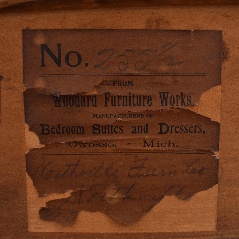 Woodward Furniture Works Woodward Furniture Works Dresser with Mirror pa