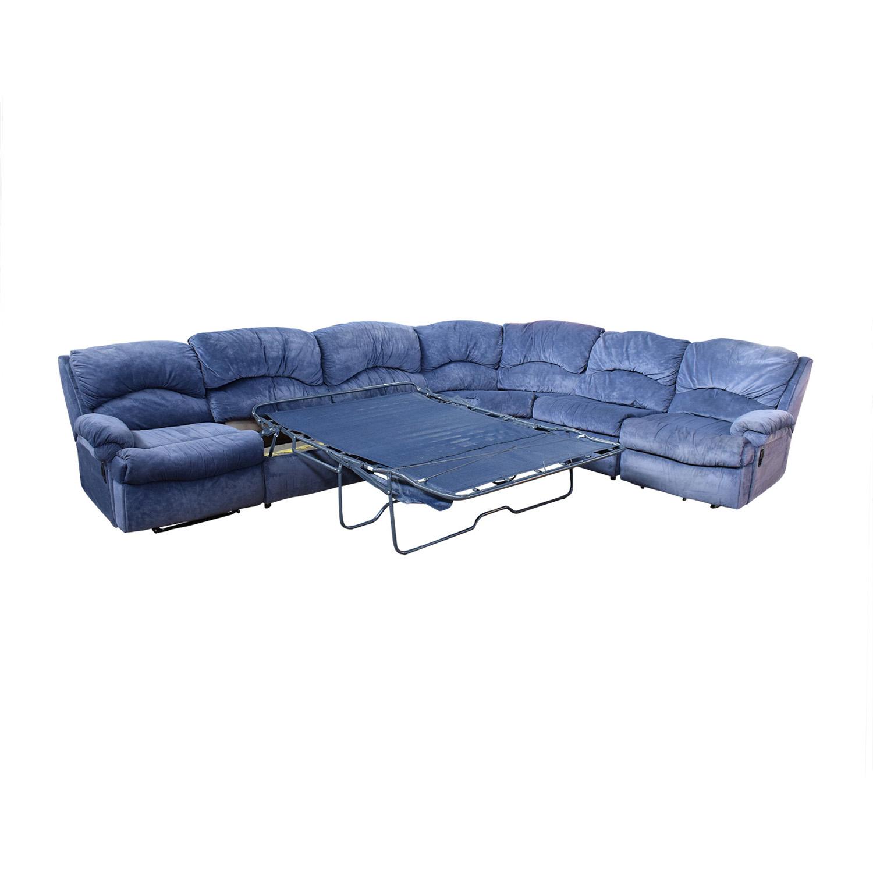Raymour & Flanigan Raymour & Flanigan Sectional Sofa with Sleeper pa