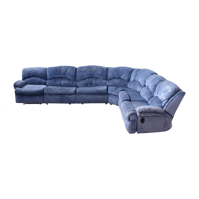 Raymour & Flanigan Raymour & Flanigan Sectional Sofa with Sleeper
