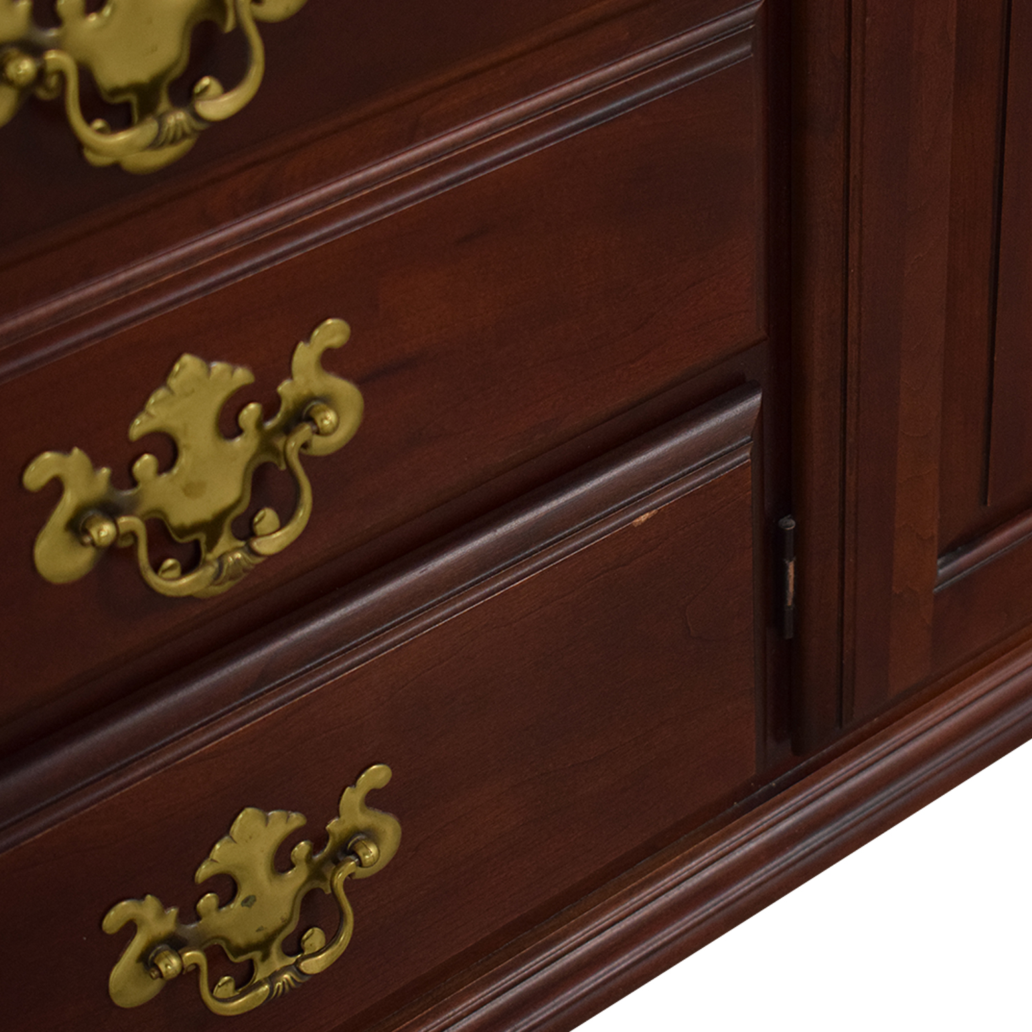 Pennsylvania House Pennsylvania House Seven Drawer Dresser with Cabinets ct