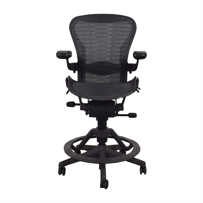 46% OFF - Herman Miller Herman Miller Aeron Stool Counter Height / Chairs