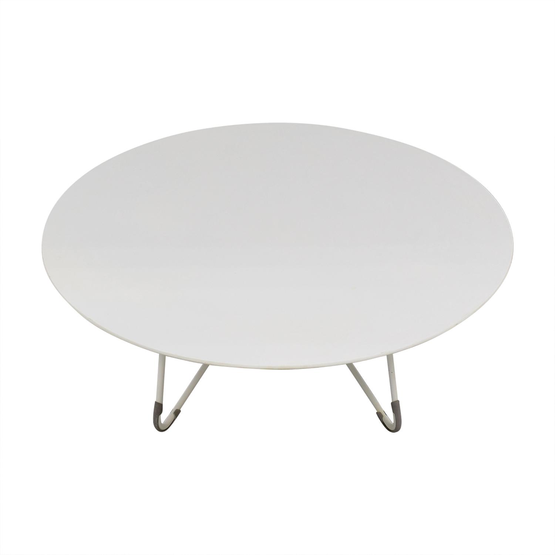 B&B Italia Round Table / Dinner Tables