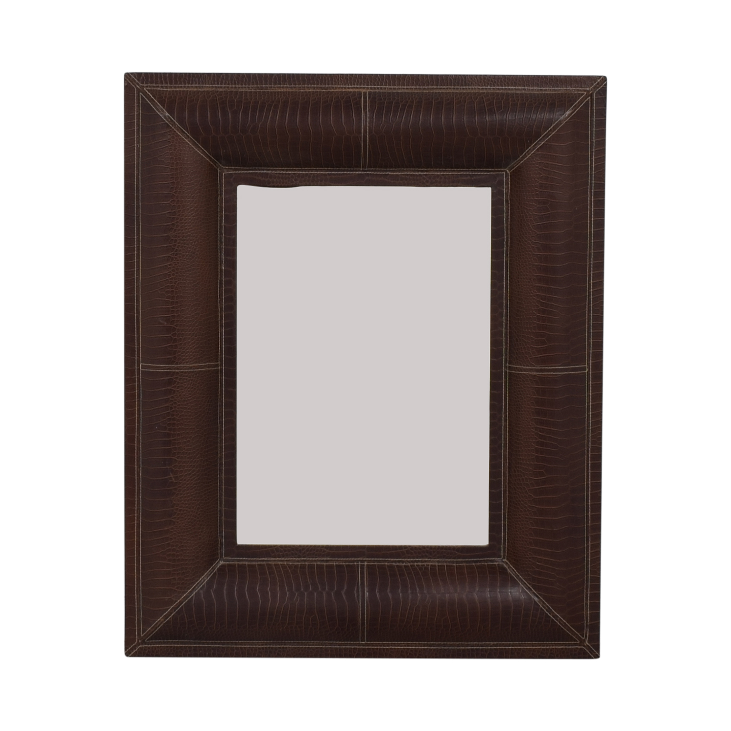 Mirror with Decorative Frame used