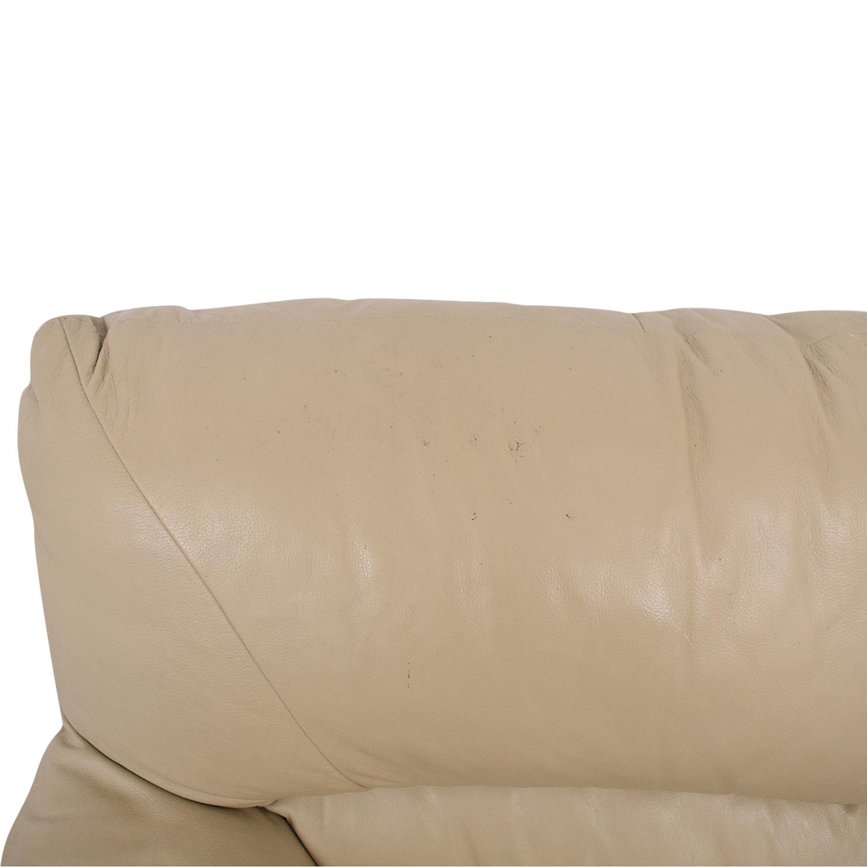Two Cushion Love Seat pa