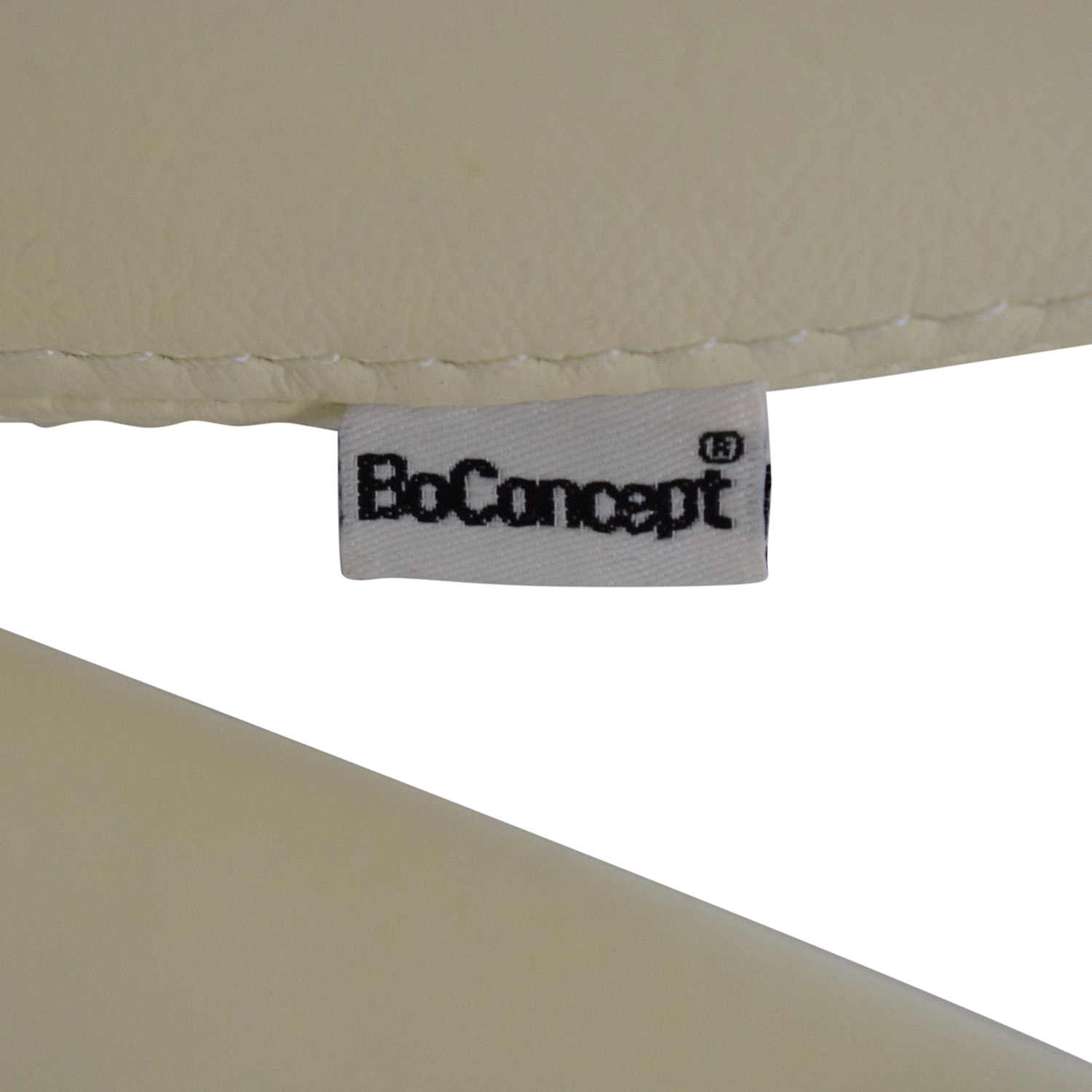 BoConcept BoConcept OGI Chair with Footstool off white