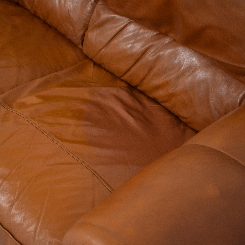 Jordan's Furniture Roll Arm Leather Sofa / Classic Sofas
