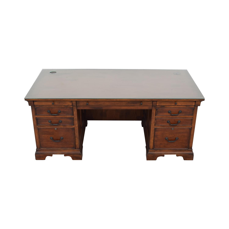 Havertys Havertys Classic Desk used