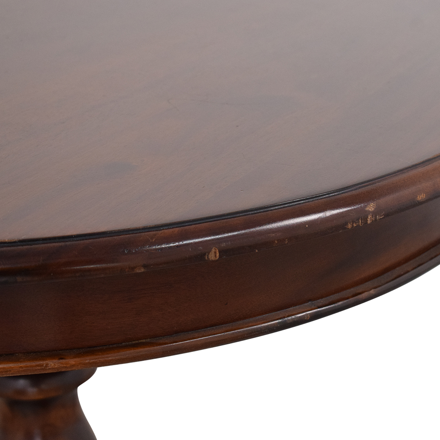 Ethan Allen Ethan Allen Round Dining Table dimensions