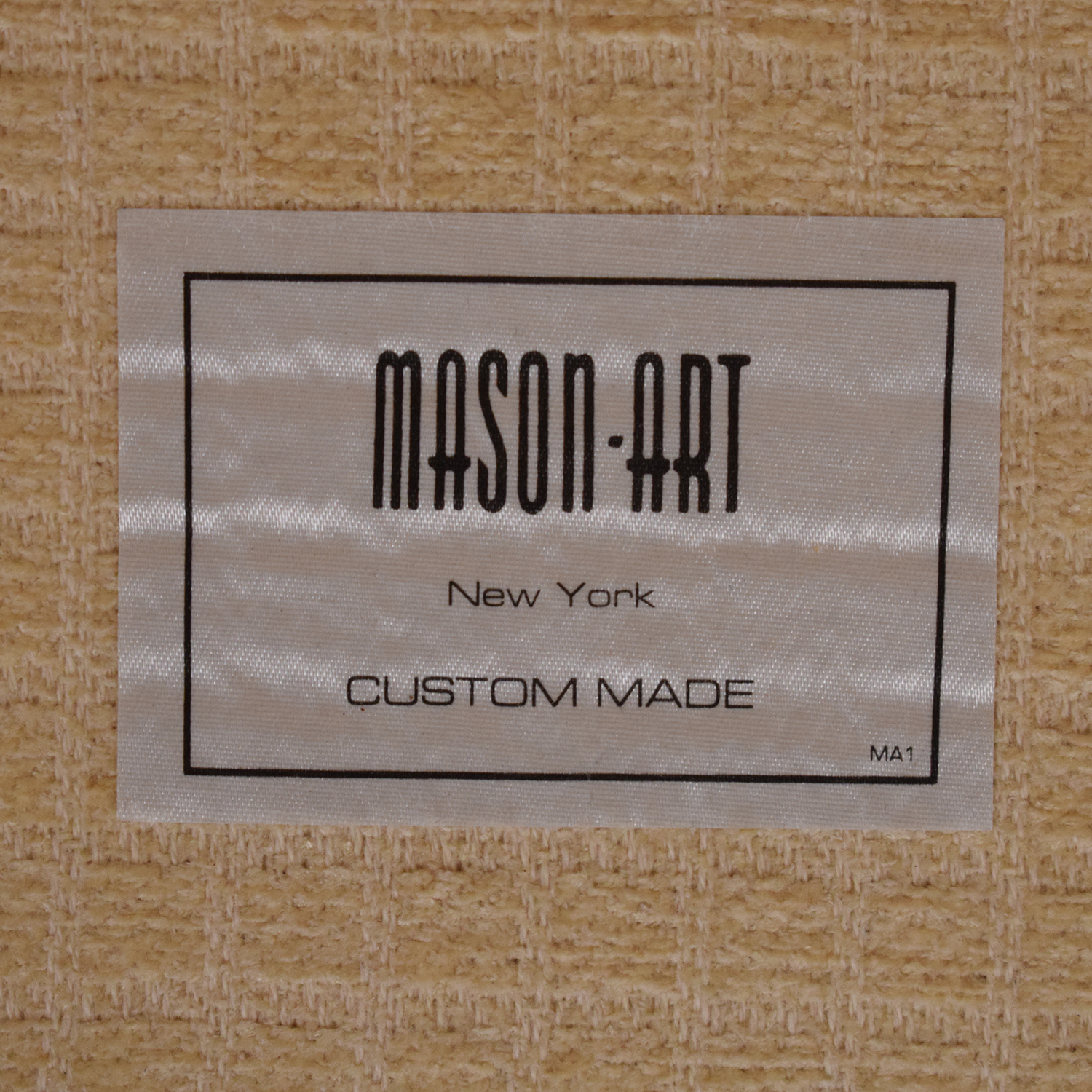 Mason-Art Upholstered Loveseat / Sofas