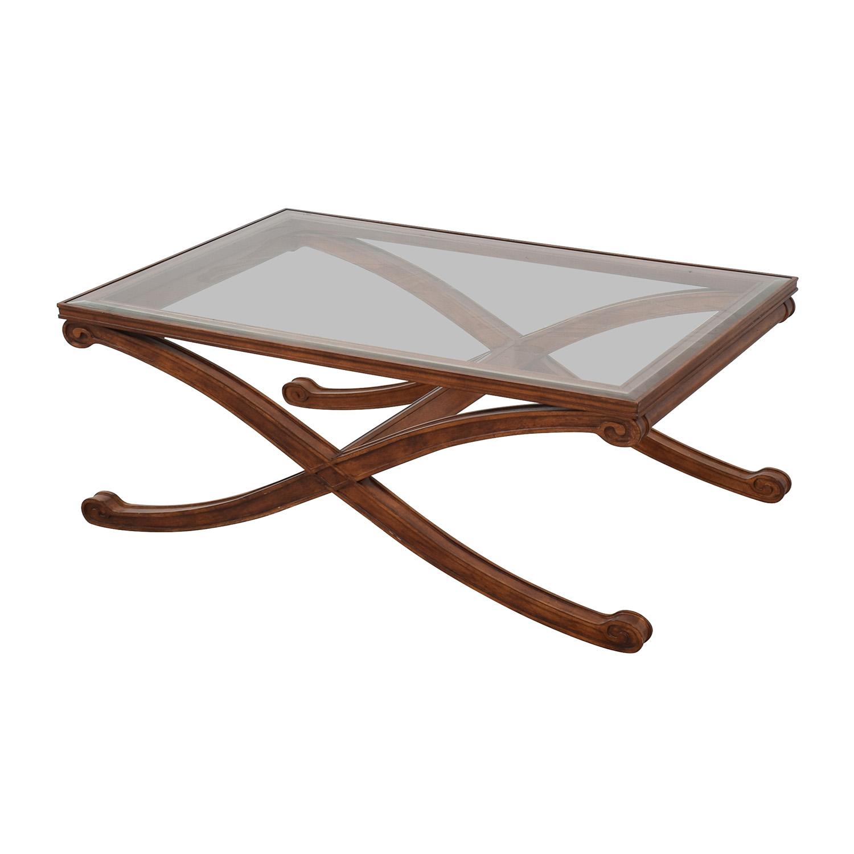 Raymour & Flanigan Coffee Table / Coffee Tables