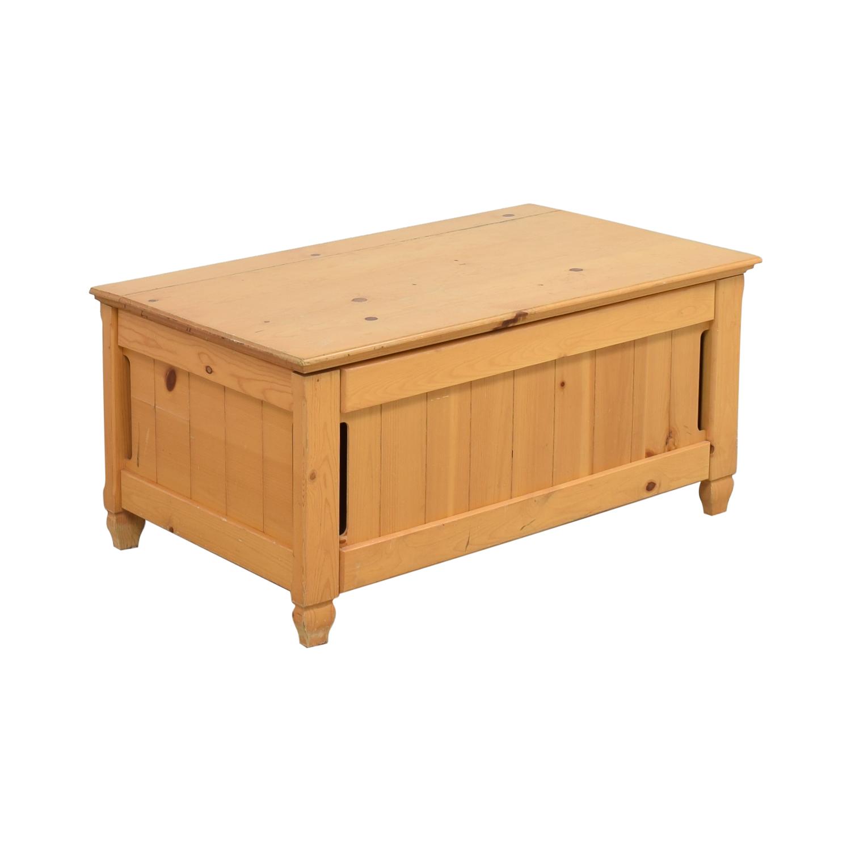 American Eagle Furniture Chest / Trunks