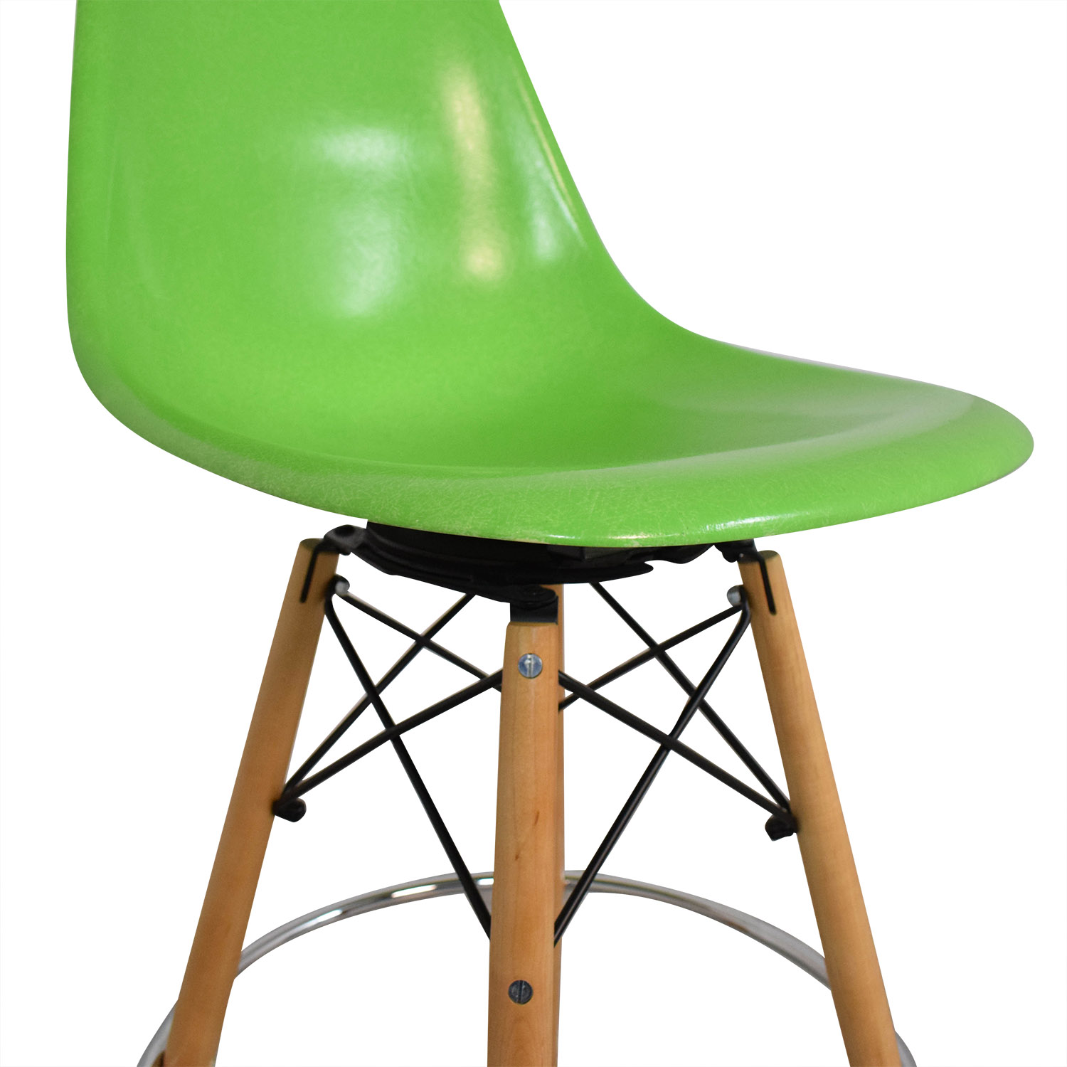 Modernica Modernica Case Study Side Shell Dowel Bar Stool dimensions