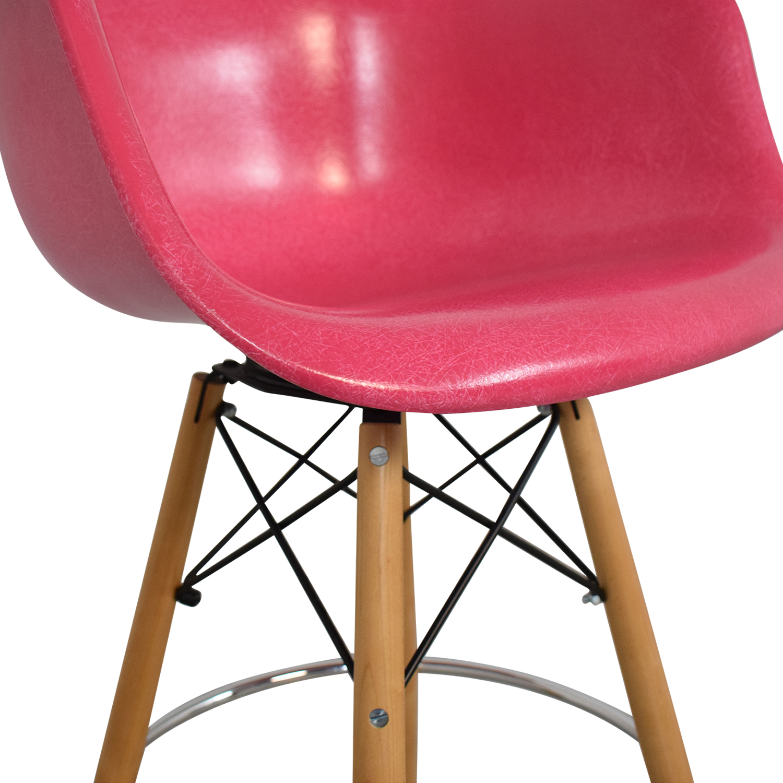 Modernica Modernica Case Study Furniture Arm Shell Dowel Bar Stool second hand