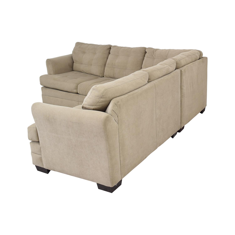 49% OFF - Raymour & Flanigan Raymour & Flanigan Hayden 2-Piece Sectional  Sofa / Sofas